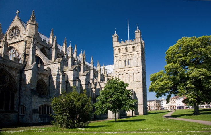 exeter_cathedral_side