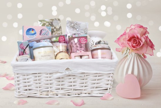 homeware hamper