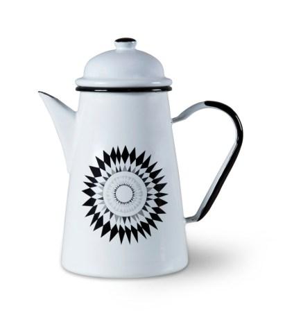 Midnattssol-enamel-coffee-pot_£32_Isak.co_.uk-3