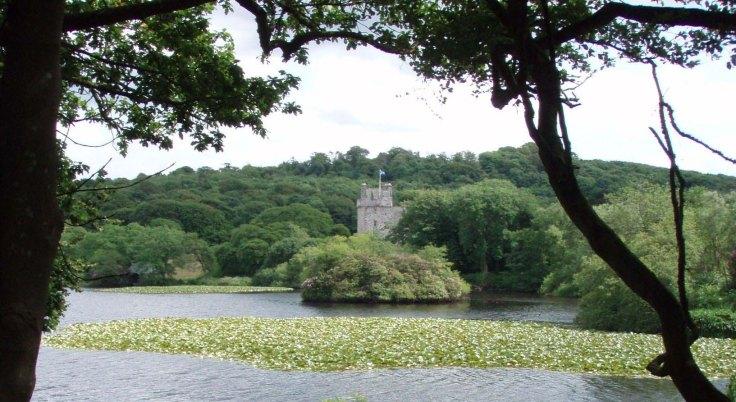 lochnaw castle