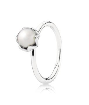 pandora grand pearl ring