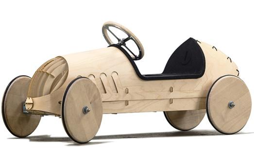 phim wooden push car