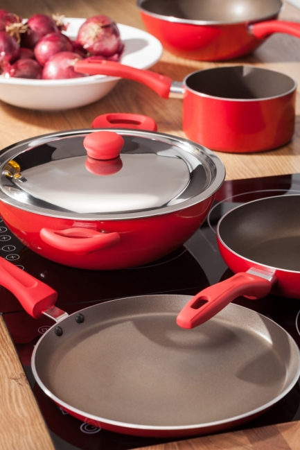 Set of pans.jpg