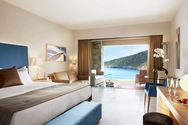 4 night stay for 2 in crete