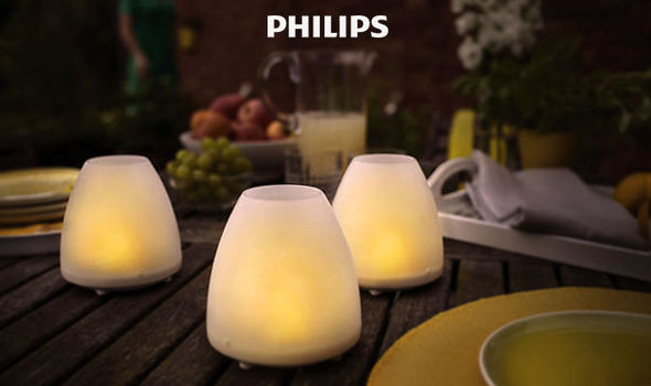pair of philips led solar powered
