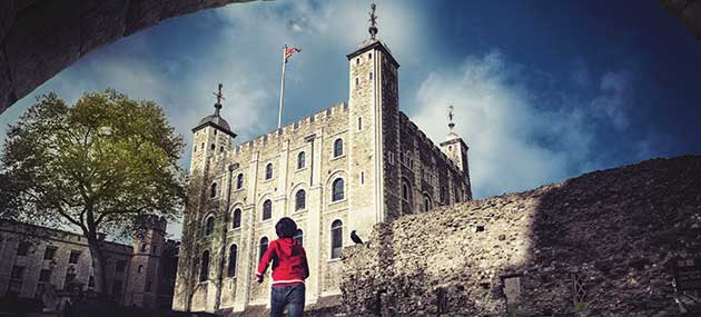 tower of london & prize bundle